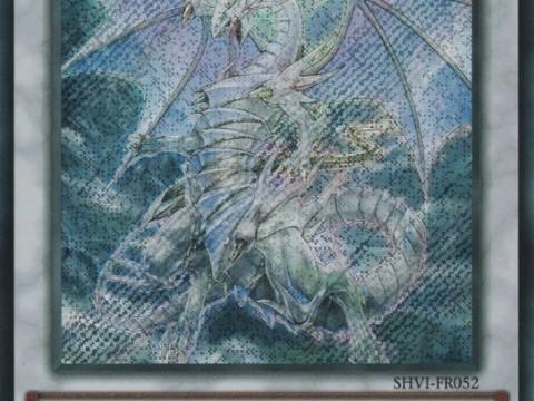 dragon-esprit-aux-yeux-bleus
